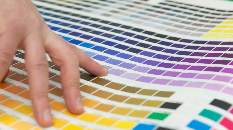 Le differenze tra stampa digitale e stampa offset: qual è migliore e perché